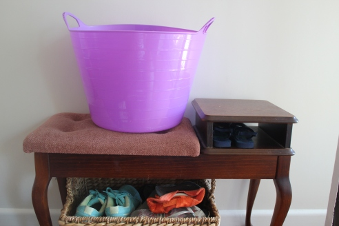 My purple tub goes everywhere with me, like a third child. A really helpful third child who carries stuff for me.